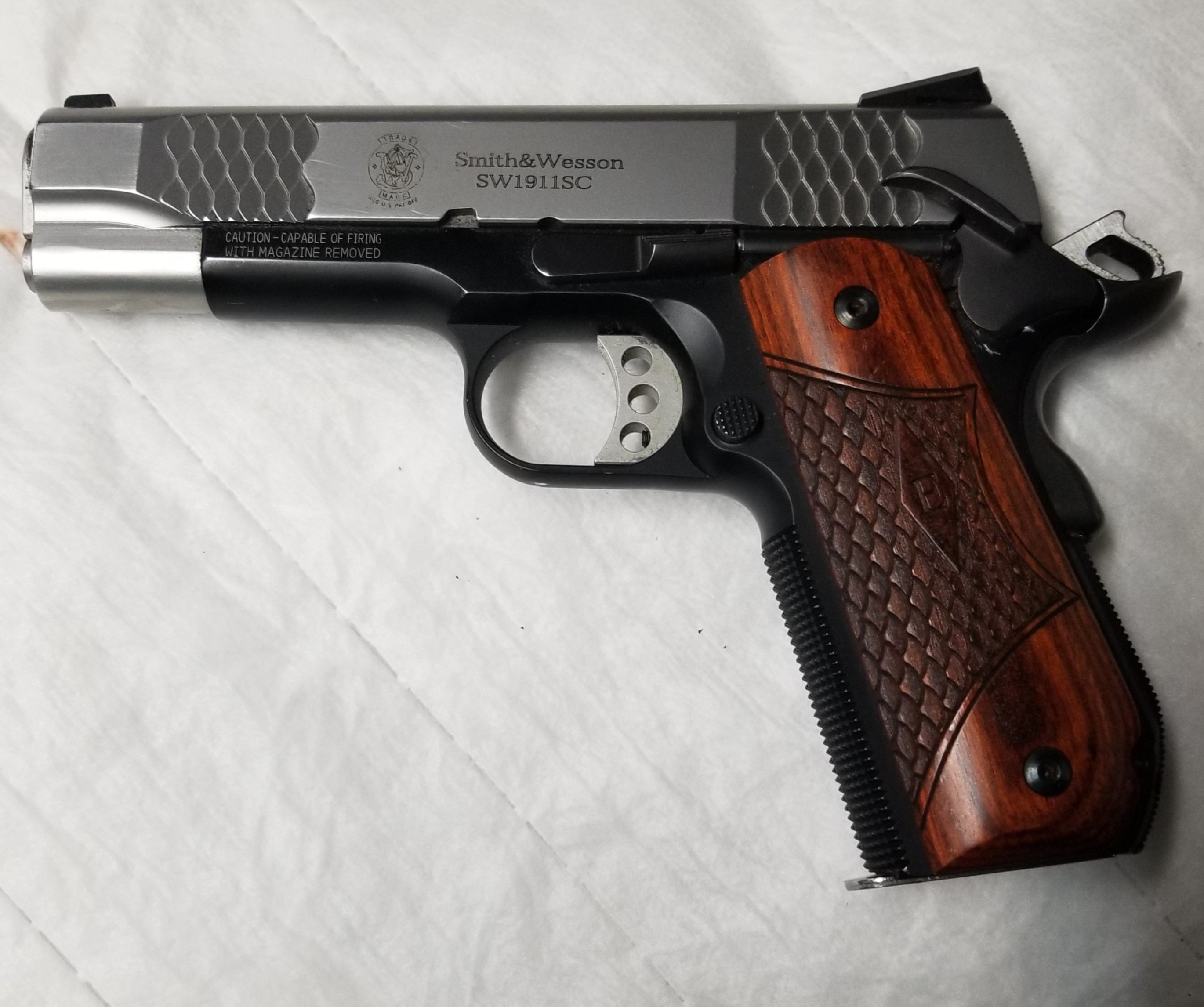 Click image for larger version  Name:1911 S&W  SC.jpg Views:2 Size:710.5 KB ID:575074