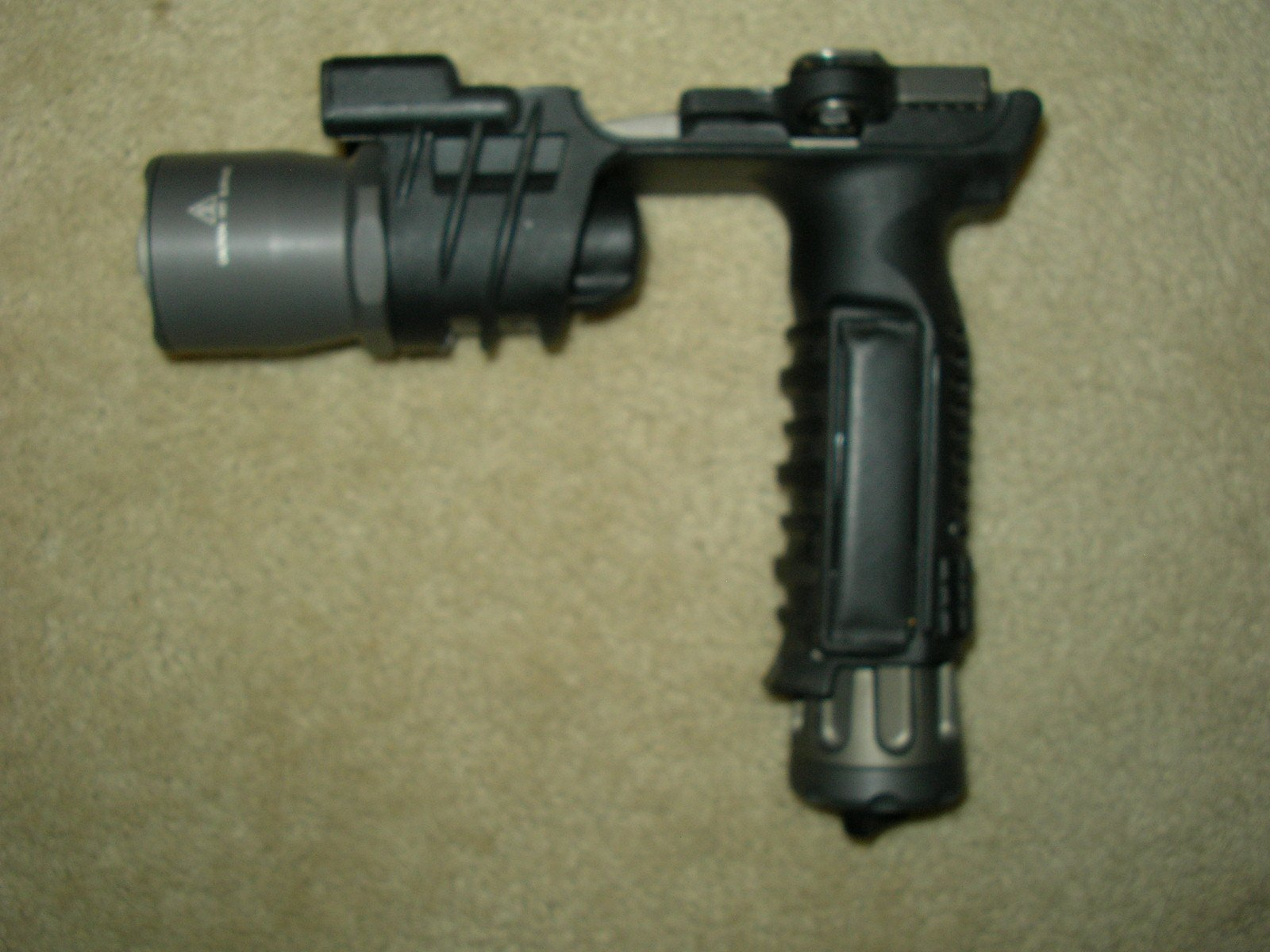 Copy of M900A foregrip 002.jpg