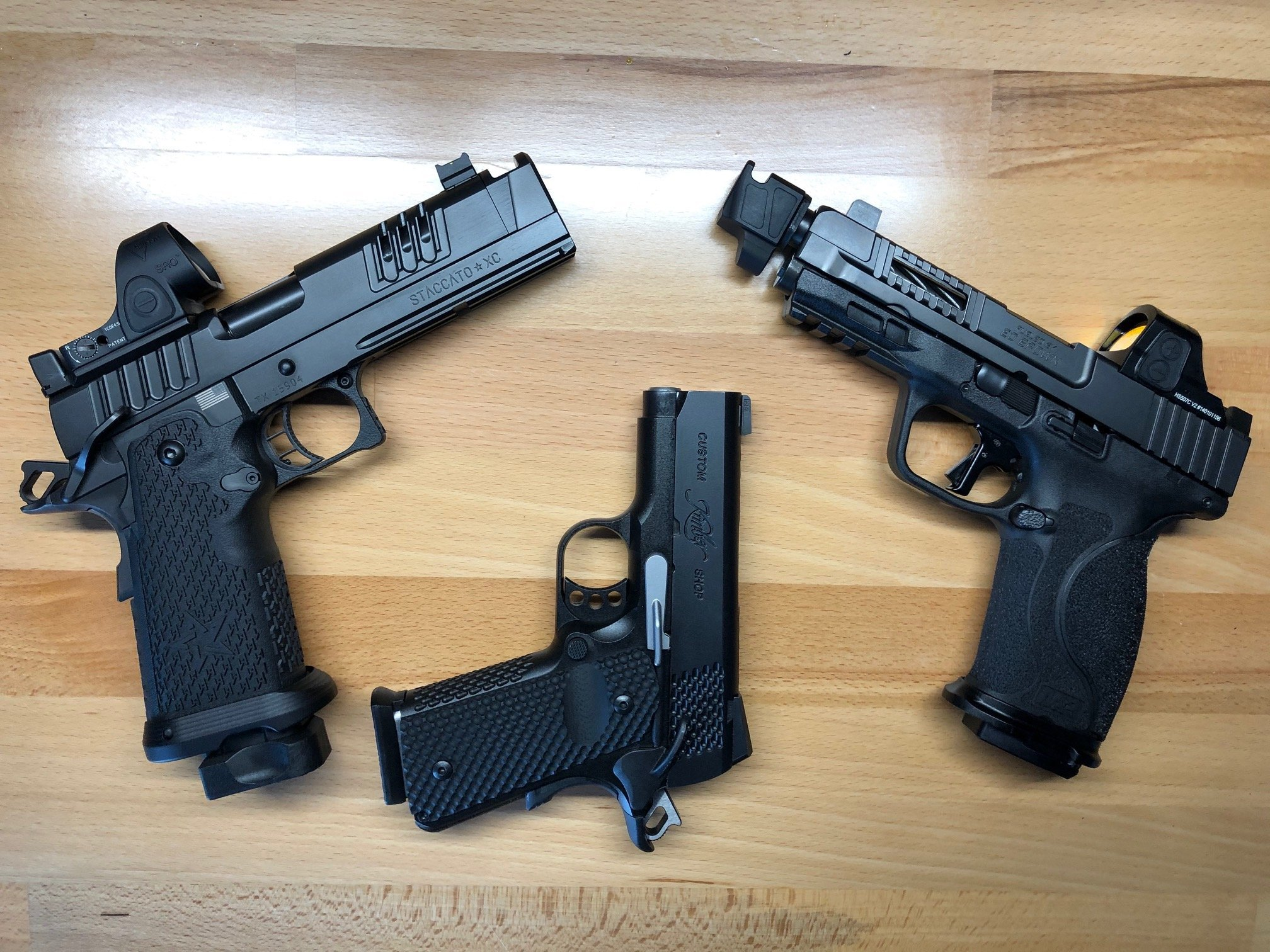 Click image for larger version  Name:Non Wilson Guns.jpg Views:14 Size:796.3 KB ID:583490